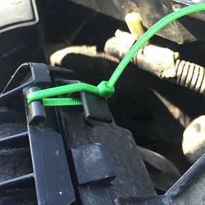 How to fix broken air box clip